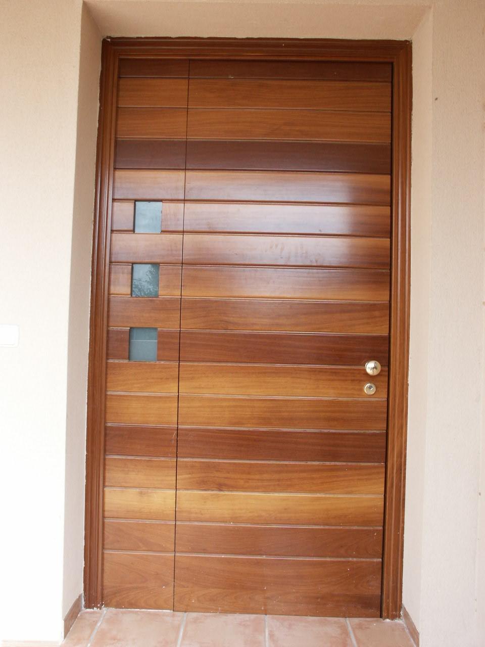 Galer a de fotos y ejemplos de puertas tecemur for Puertas madera natural