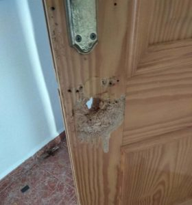 Puerta-abierta-okupas
