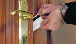cerrajero-abrir-puerta-murcia-urgente