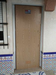 puerta-anti-okupa