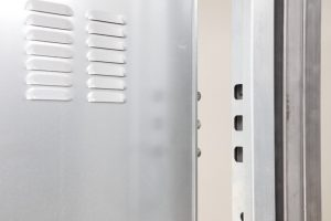puerta acorazada kiuso trastero bulones antirretroceso
