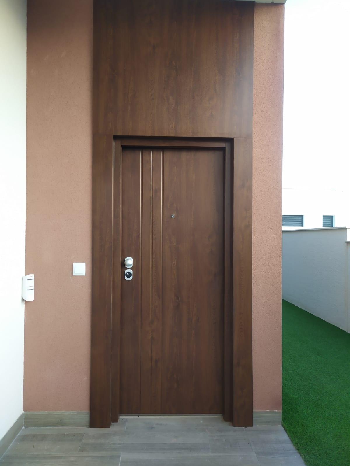 Puerta-acorazada-san-pedro-del-pinatar
